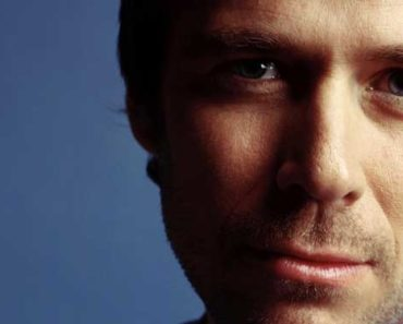 alexis-denisof-height-weight-age-2