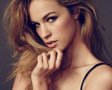 alexis-knapp-height-weight-age