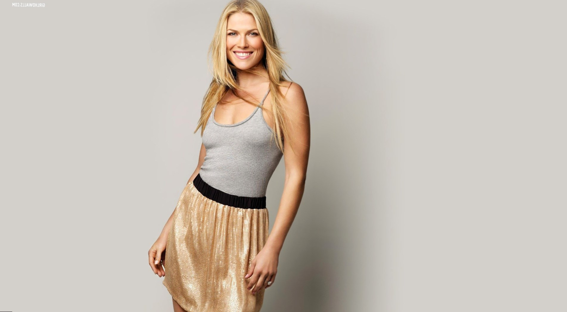 Ali Larter Weight