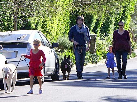 ben affleck pets dog german sheperd and white lablador martha steward