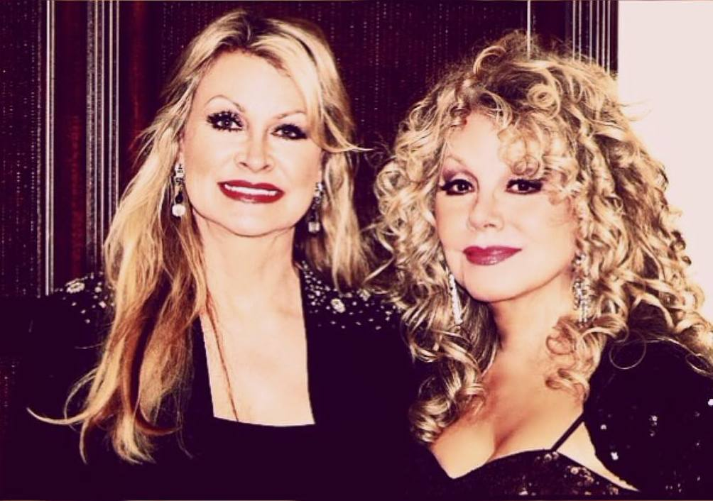 Dolly Parton`s sister - Rachel and Stella