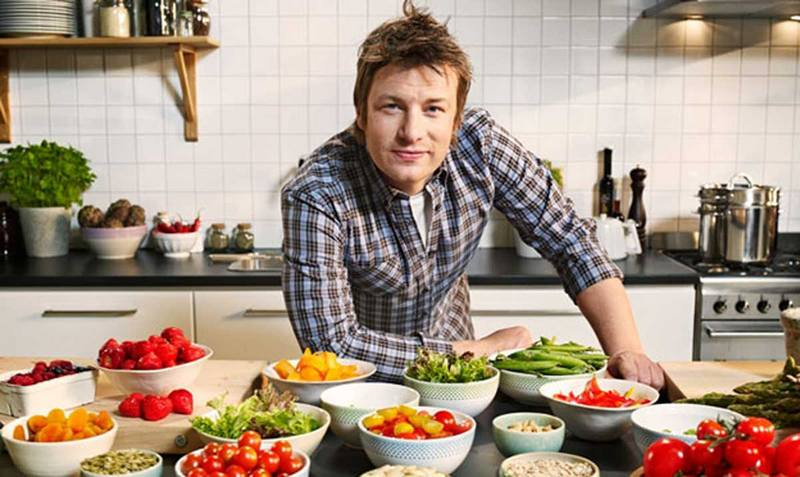 TV chef Jamie Oliver`s height, weight and age