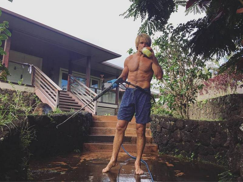 Laird Hamilton`s height, weight and age