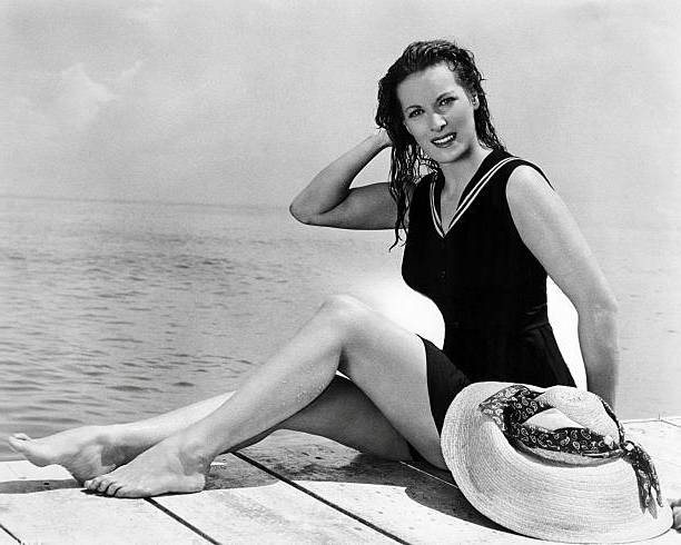 Maureen O'Hara's height, weight and body measurements