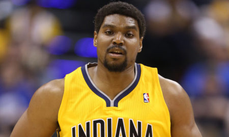 Andrew Bynum's eyes and hair color