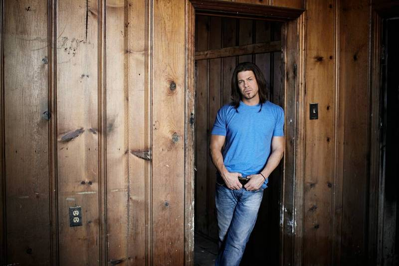 Christian Kane's height, weight and age