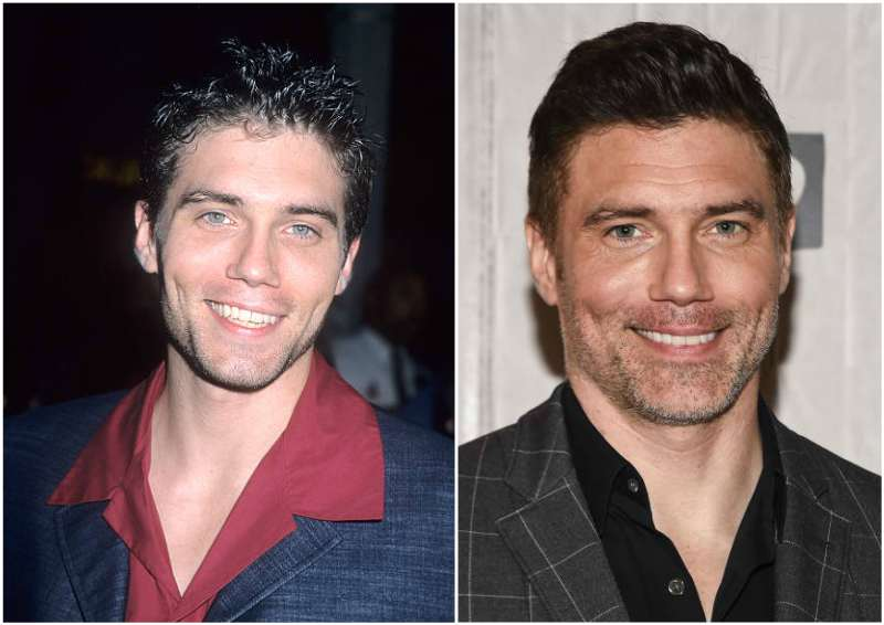 Anson Mount's eyes and hair color