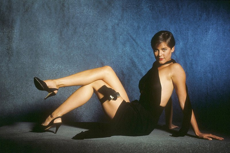 Carey Lowell's height, weight and body measurements