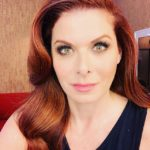 Debra Messing's height, weight. Stunningly approaching the 50's