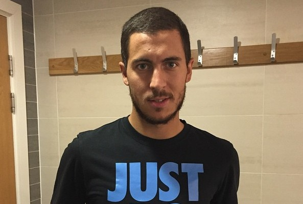 Eden Hazard's eyes and hair color
