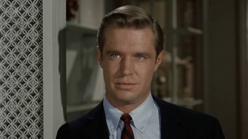 George Peppard's height, weight and age