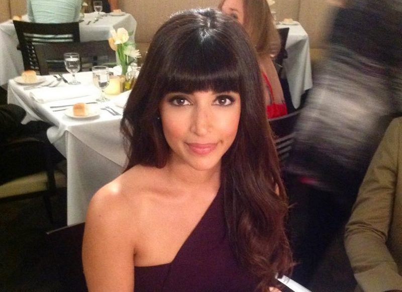 Hannah Simone height, weight and body measurements