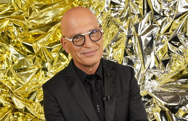 Howie Mandel height, weight and age