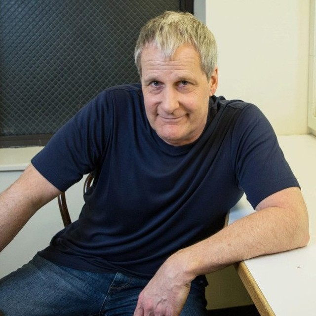 Jeff Daniels body measurements
