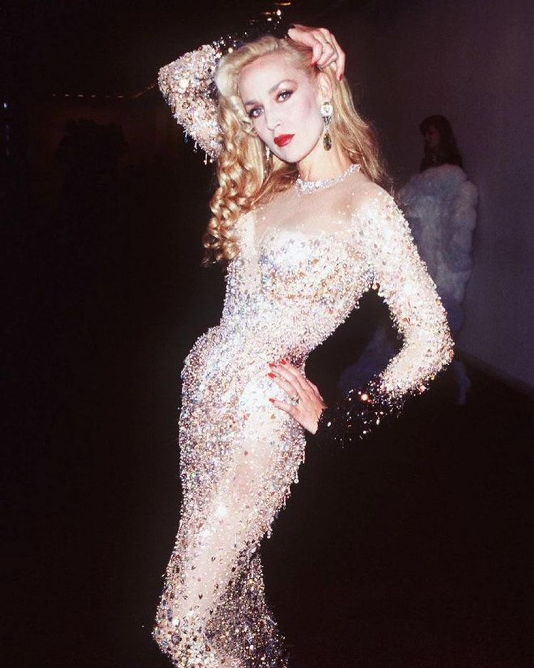 Jerry Hall body measurements